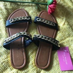 Isaac Mizrahi NWT sandals sz 8